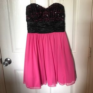 Pink strapless dress with black sequins,